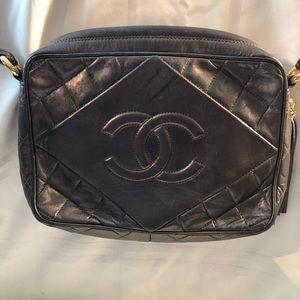 Chanel vintage camerabag